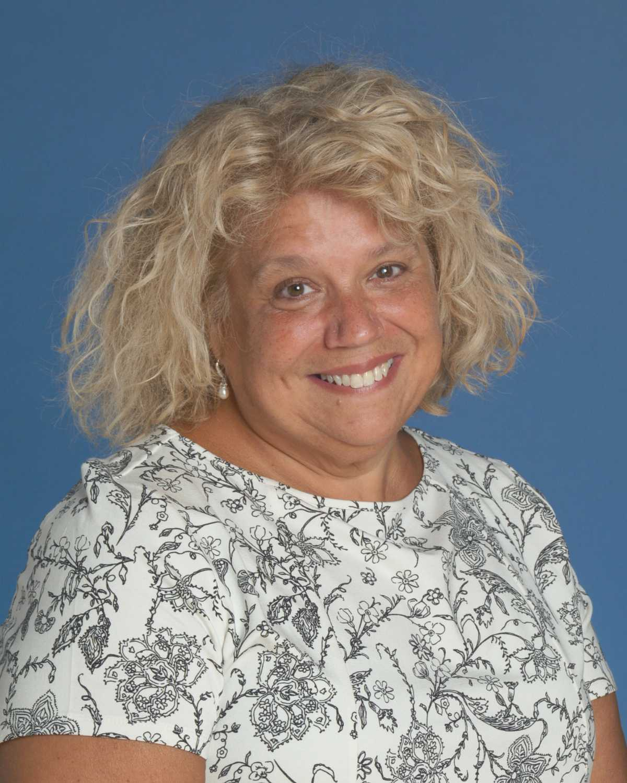 Teri Schrader